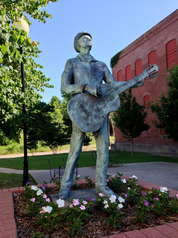 Woody Guthrie Statue