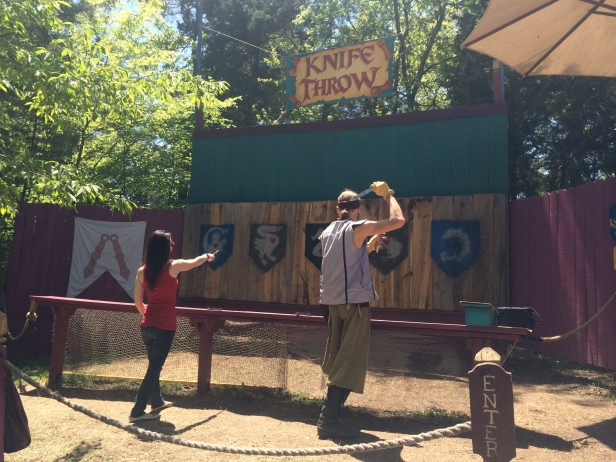 Knife Throwing Instruction