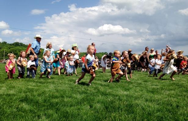 Steeplechase Stick Horse Race