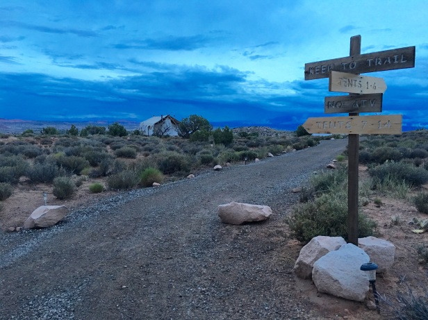 Moab Under Canvas Directional Sign