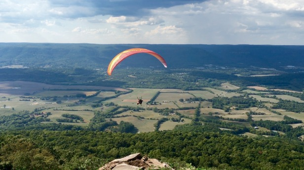 Paragliding Over Sequatchie Valley