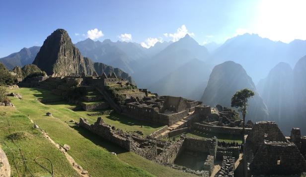 Machu Picchu Plaza